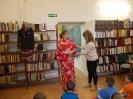2a z wizytą w Bibliotece pod Babą Jagą.